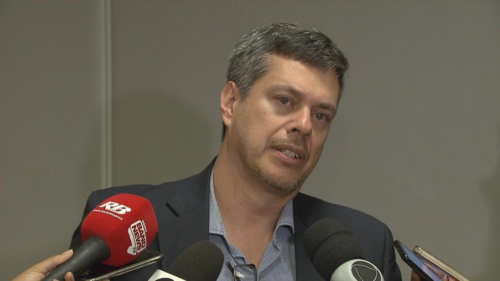 Sociólogo Adão Cândido, anunciado como futuro secretário de Cultura do DF — Foto: TV Globo/Reprodução