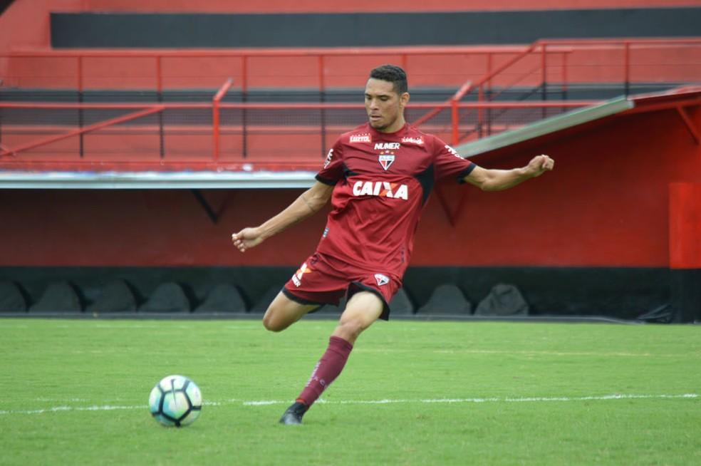 Luiz Fernando nos tempos de Atlético-GO — Foto: Paulo Marcos / Atlético-GO