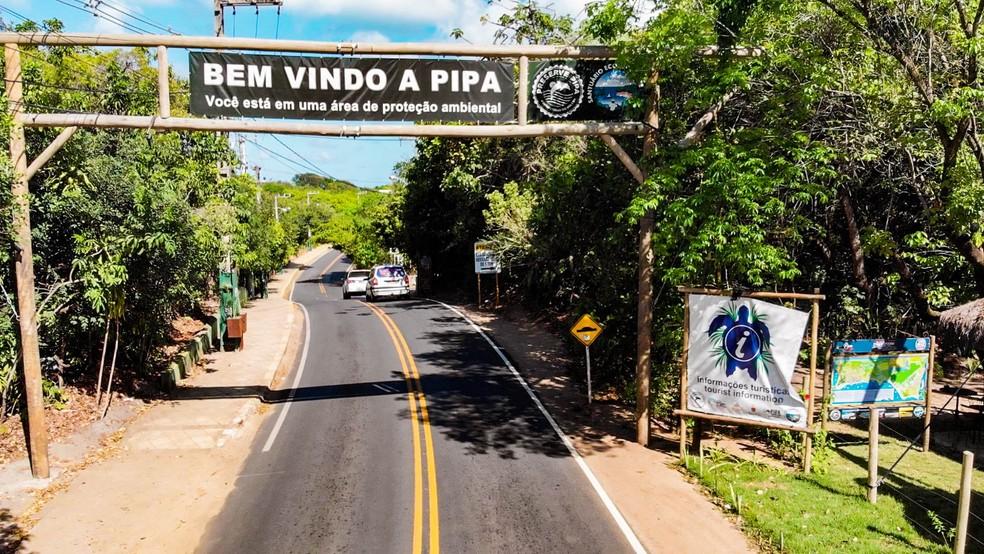 Entrada de Pipa (Arquivo) — Foto: GBHD/Divulgação Prefeitura de Tibau do Sul