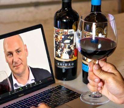 Dirceu Vianna, Master of  Wine: live com dois vinhos portugueses
