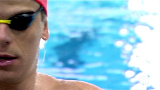Sob olhares dos pais, Cielo se torna o atleta do país com mais pódios em Mundiais na história