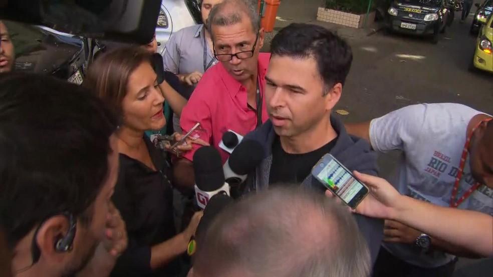 Motorista que atropelou 18 em Copacabana deixa delegacia (Foto: Reprodução / GloboNews)