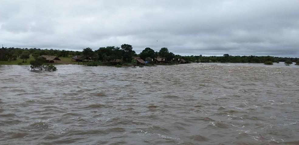 Rio Marataoan atingiu cota de inundação em Barras — Foto: Divulgação