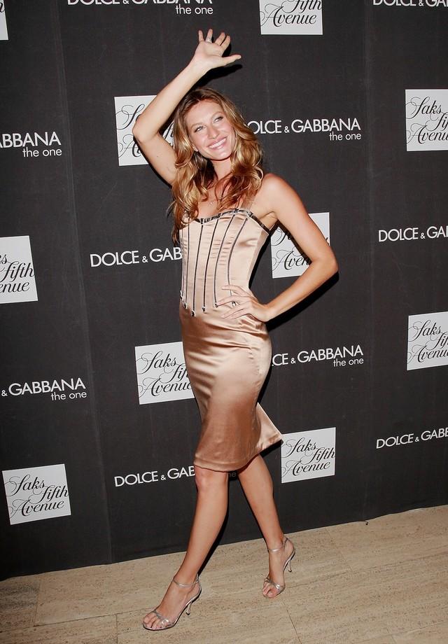 Gisele Bündchen em um evento da Dolce & Gabbana em 2007. (Foto: Getty Images)