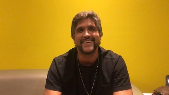 Leo Chaves conta como sofreu com o preconceito e a timidez na carreira de palestrante