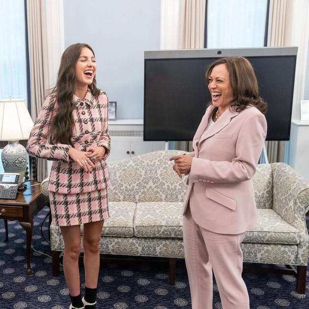 Kamala Harris encontra Olivia Rodrigo na Casa Branca (Foto: Reprodução Instagram)
