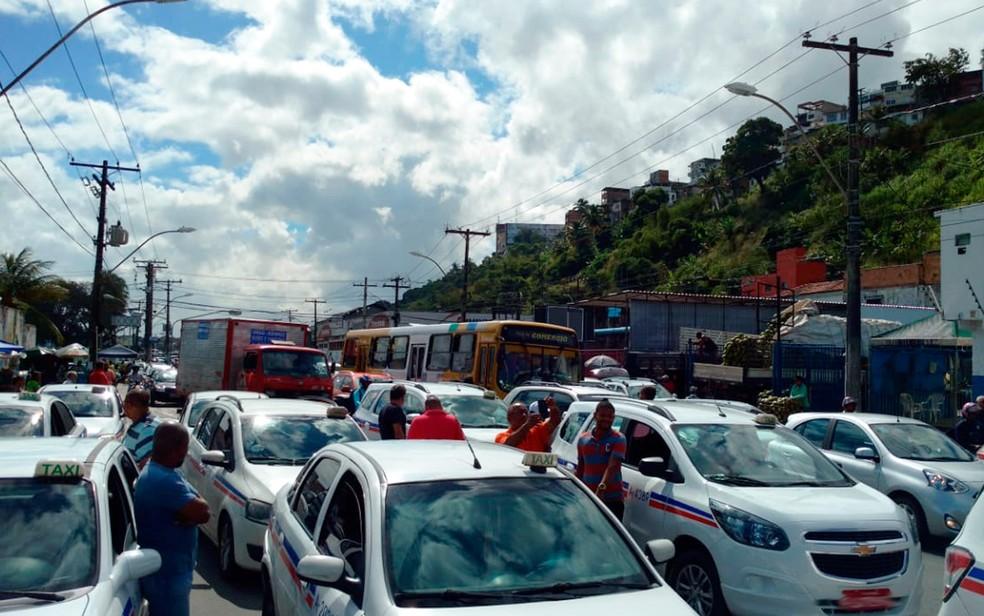 Carreata percorreu ruas do Comércio, em Salvador (Foto: João Adorno/Arquivo pessoal)
