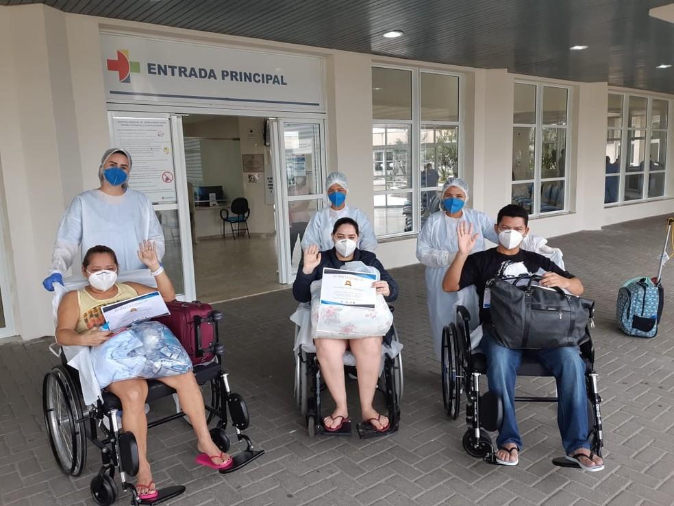 Pacientes de Manaus têm alta após tratarem a Covid-19 no Espírito Santo. — Foto: Divulgação/ Sesa