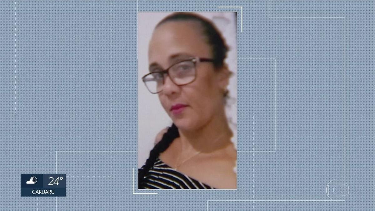 acbb6ea2342 Polícia prende mulher suspeita de aplicar golpes através de site de vendas  no Grande Recife
