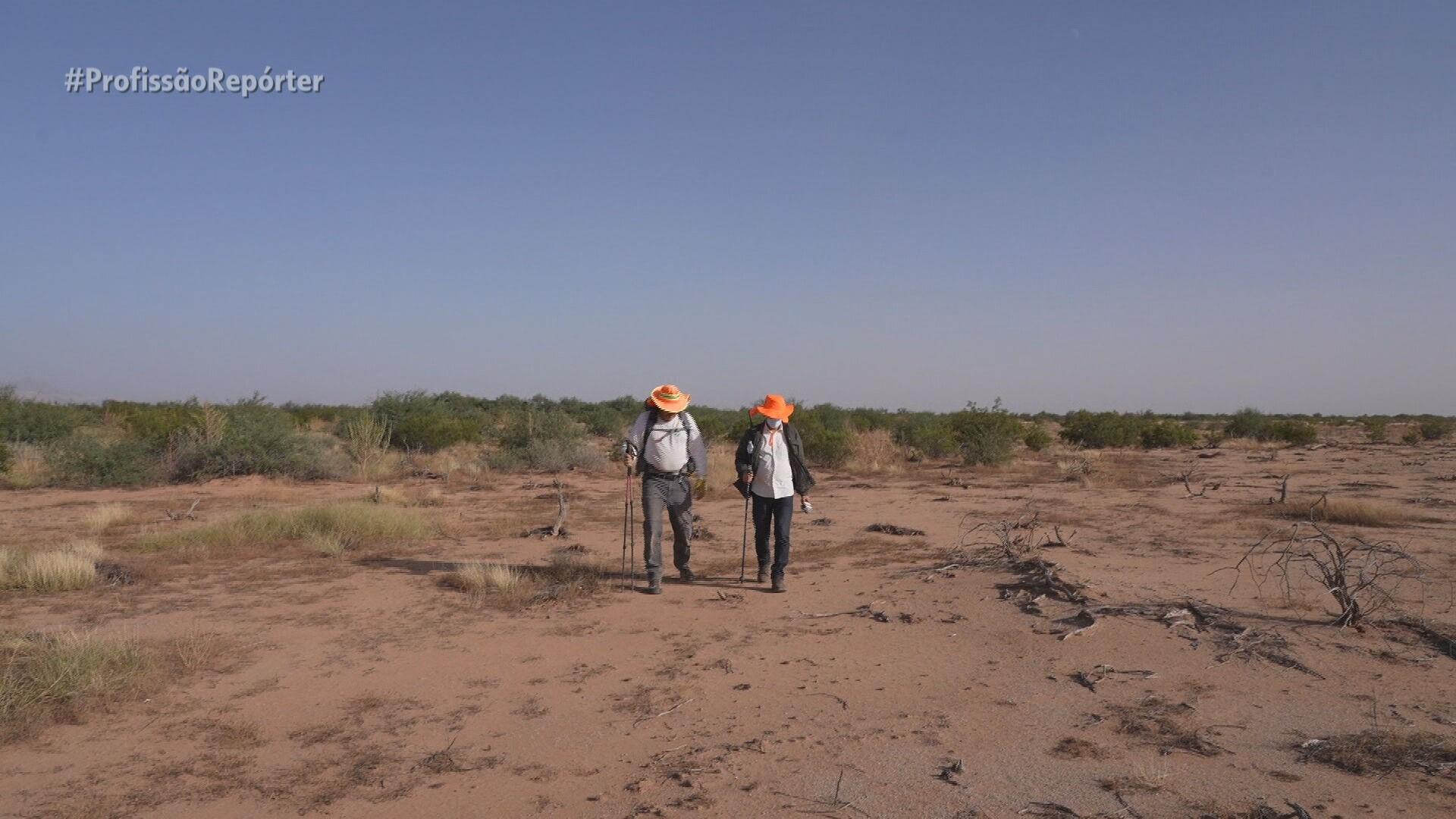 Voluntários buscam por imigrantes desaparecidos no deserto dos EUA: 'Não existe pior maneira de morrer'