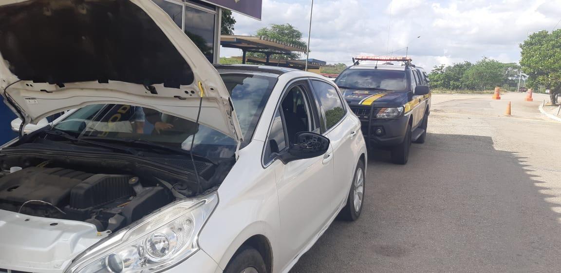 PRF recupera 5 veículos adulterados em dia de fiscalização em Caruaru