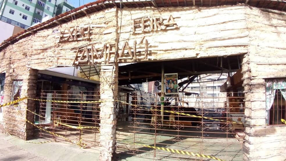 Incêndio atingiu Expofeira Tambaú, localizada na orla de João Pessoa — Foto: Antônio Vieira/TV Cabo Branco