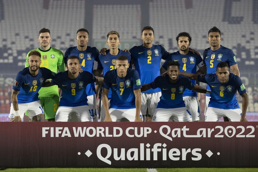 Jogadores titulares da seleção brasileira contra o Paraguai — Foto: Lucas Figueiredo / CBF