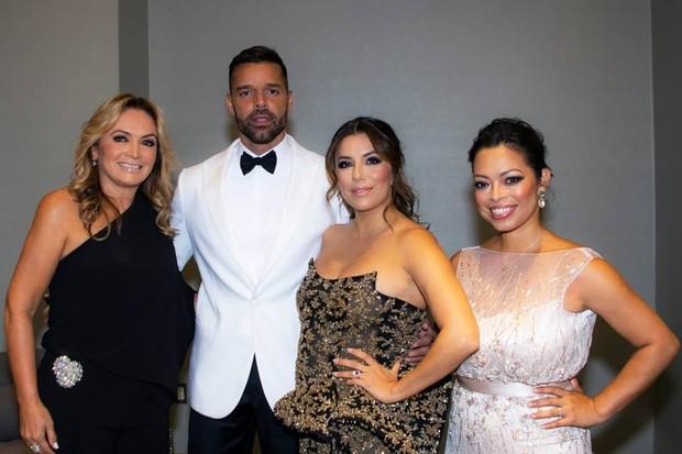 Eva Longoria e Ricky Martin foram anfitriões do leilão (Foto: Reprodução)