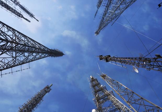 Antenas de transmissão de sinais para telefonia ; conexão mais rápida ;  (Foto: iStock)