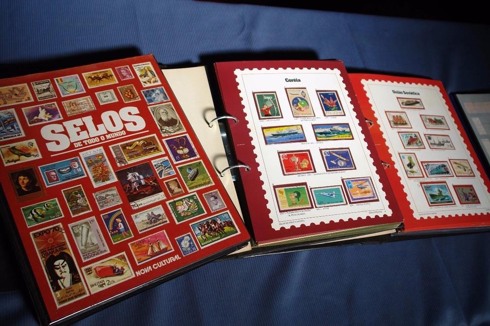 Colecionador de Sorocaba tem mais de um milhão de selos  (Foto: Silvio Rosa Santos Martins/Arquivo Pessoal)