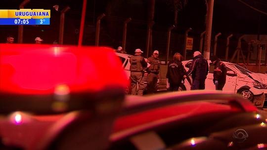Perseguição e troca de tiros com a polícia termina com dois suspeitos mortos e dois feridos em Porto Alegre