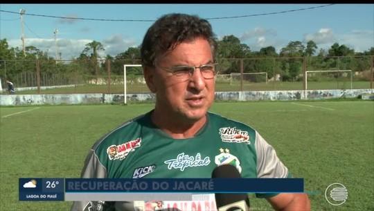 """Altos viaja para Caruaru, e Estevam Soares vê """"decisão de 180 minutos"""" com Central-PE"""
