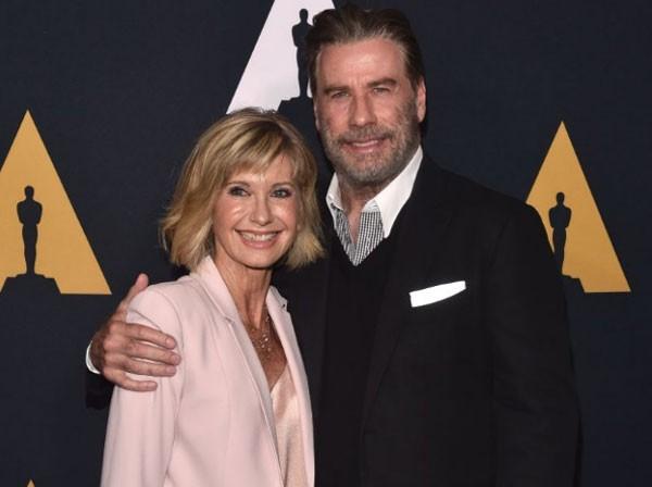 Travolta e Olivia Newton-John se reencontraram para 40º aniversário de 'Grease' (Foto: Alberto E. Rodriguez/Getty Images)