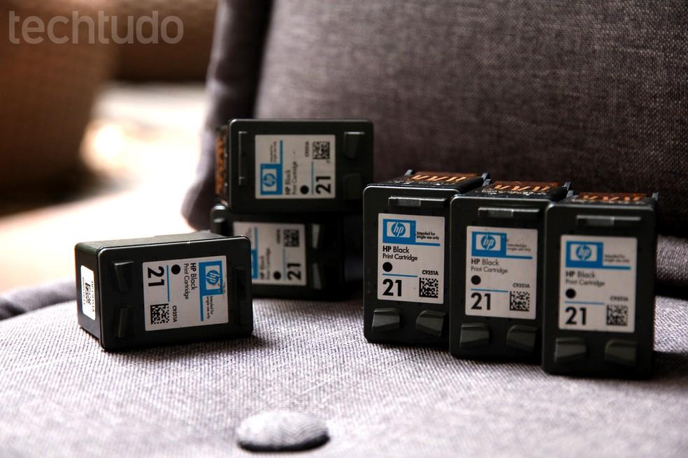 Cartuchos mal encaixados fazem impressora não imprimir (Foto: Luciana Maline/TechTudo)