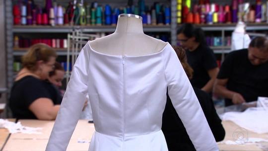 Estilista tem 24 horas para reproduzir vestido usado por Meghan Markle