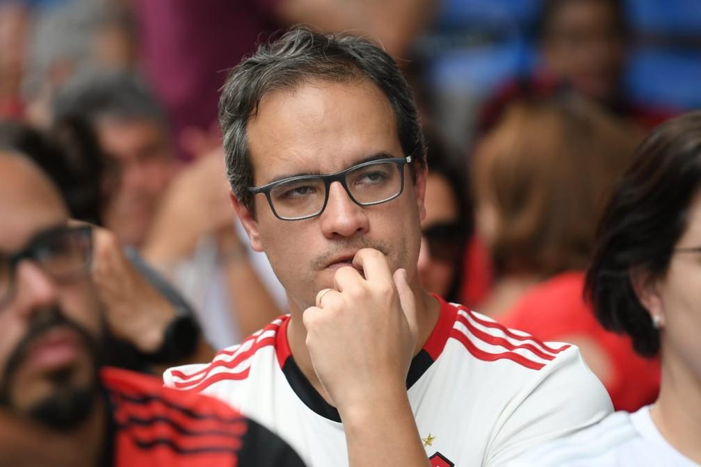 Salah marca, mas estava impedido — Foto: Alexandre Durão / G1