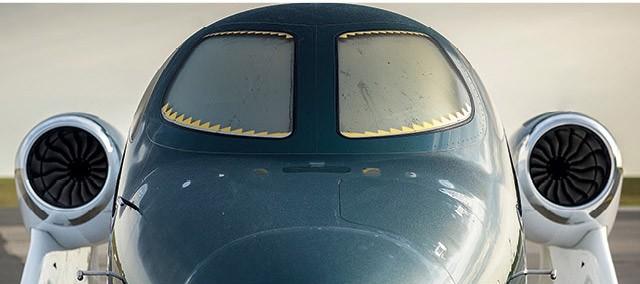 Os desembaçadores têm filamentos de ouro no jato HA-420, conhecido como HondaJet (Foto: oChristian Castanho)