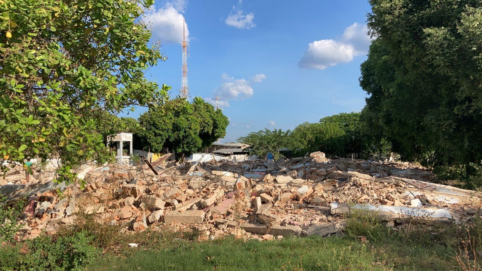 Prédio onde funcionava Secretaria Estadual de Administração de RR é demolido