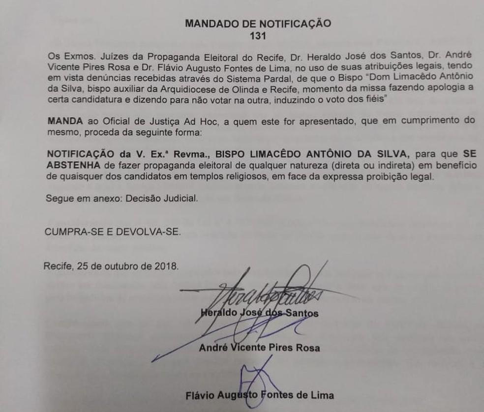 Documento mostra notificação de bispoa-auxiliar do recife por suposta propaganda eleitoral irregular — Foto: Reprodução/WhatsApp