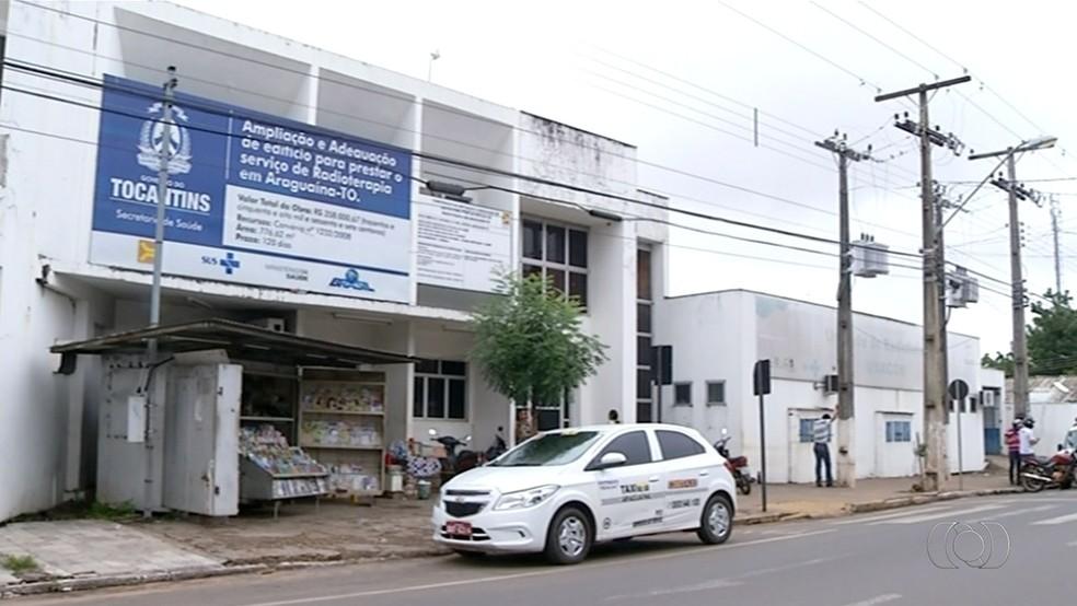 Máquina de radioterapia quebrou em 2014 e até hoje tratamento não foi retomado em Araguaína (Foto: Reprodução/TV Anhanguera)