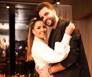 """Ex de Ivy Moraes sobre fim de noivado: """"Houve traição das duas partes"""""""