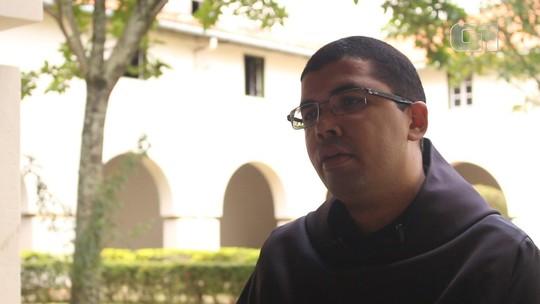 Como monges enclausurados vivem a Semana Santa?