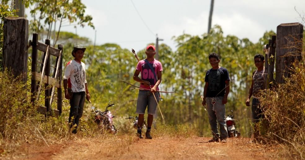 Guardiões da Floresta, grupo de jovens guerreiros que monitoram e protegem as entradas da Terra Indígena Tenetehara, no Pará. — Foto: Especial/Raimundo Paccó
