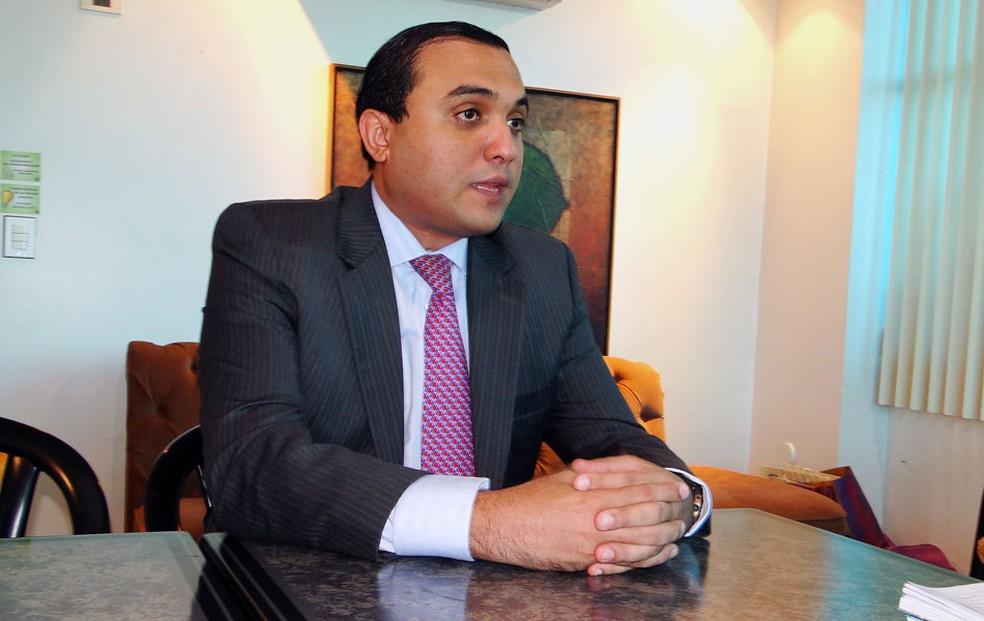 Ney Lopes Júnior foi empossado presidente em exercício da Câmara Municipal de Natal (Foto: Anderson Barbosa/G1)