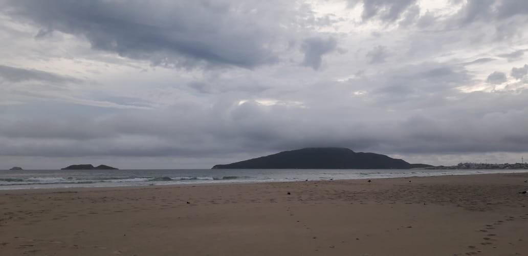 Quinta-feira tem previsão de chuva para toda Santa Catarina  - Notícias - Plantão Diário