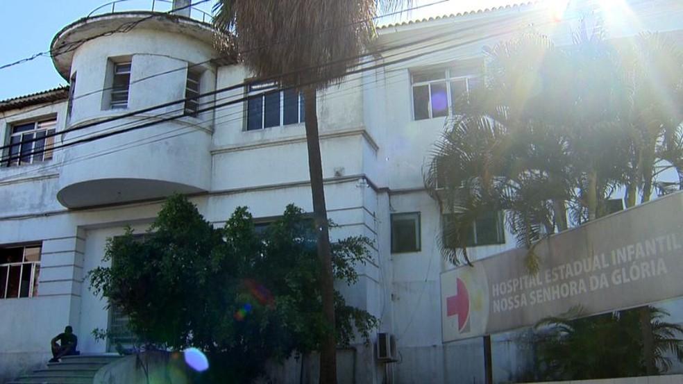 Criança ficou internada no CTI do Hospital Infantil de Vitória — Foto: Reprodução/TV Gazeta