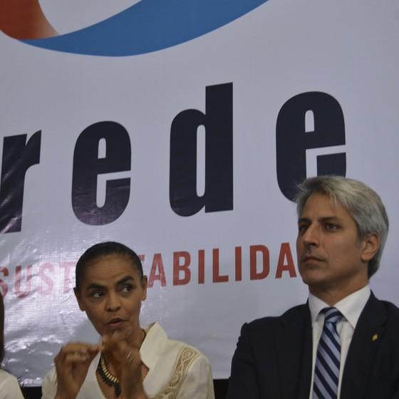 A ex-senadora Marina Silva e o deputado Alessandro Molon (Foto: José Cruz/Agência Brasil)