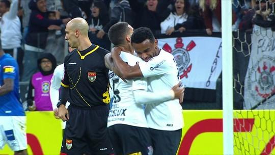 Corinthians acerta o empréstimo de Paulo Roberto para o Fortaleza