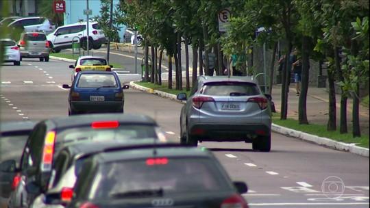 Motoristas de aplicativo mudam a rotina de trabalho por causa de assaltos em Jundiaí (SP)