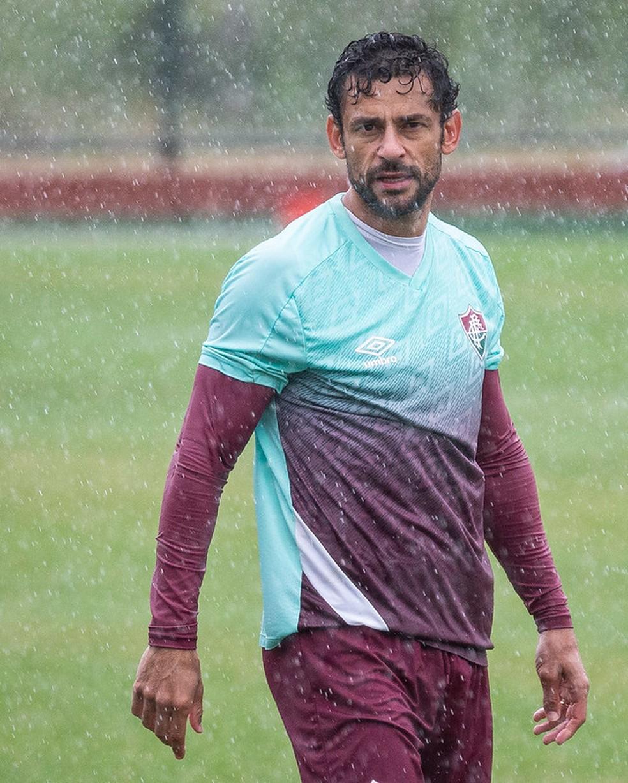 Fred voltou a treinar em campo depois de 12 dias — Foto: Lucas Merçon / Fluminense FC