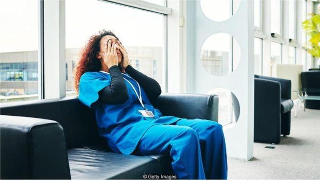Consultoria afirma que funcionários forçados a aceitar uma promoção ficam insatisfeitos e mais propensos a sair (Foto: Getty Images/BBC)
