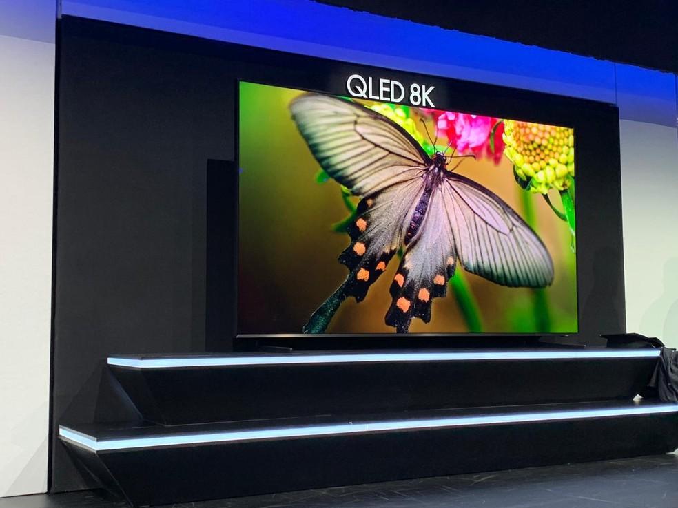 Samsung apresenta TV 8K QLED na CES 2019 — Foto: Thiago Lavado/G1