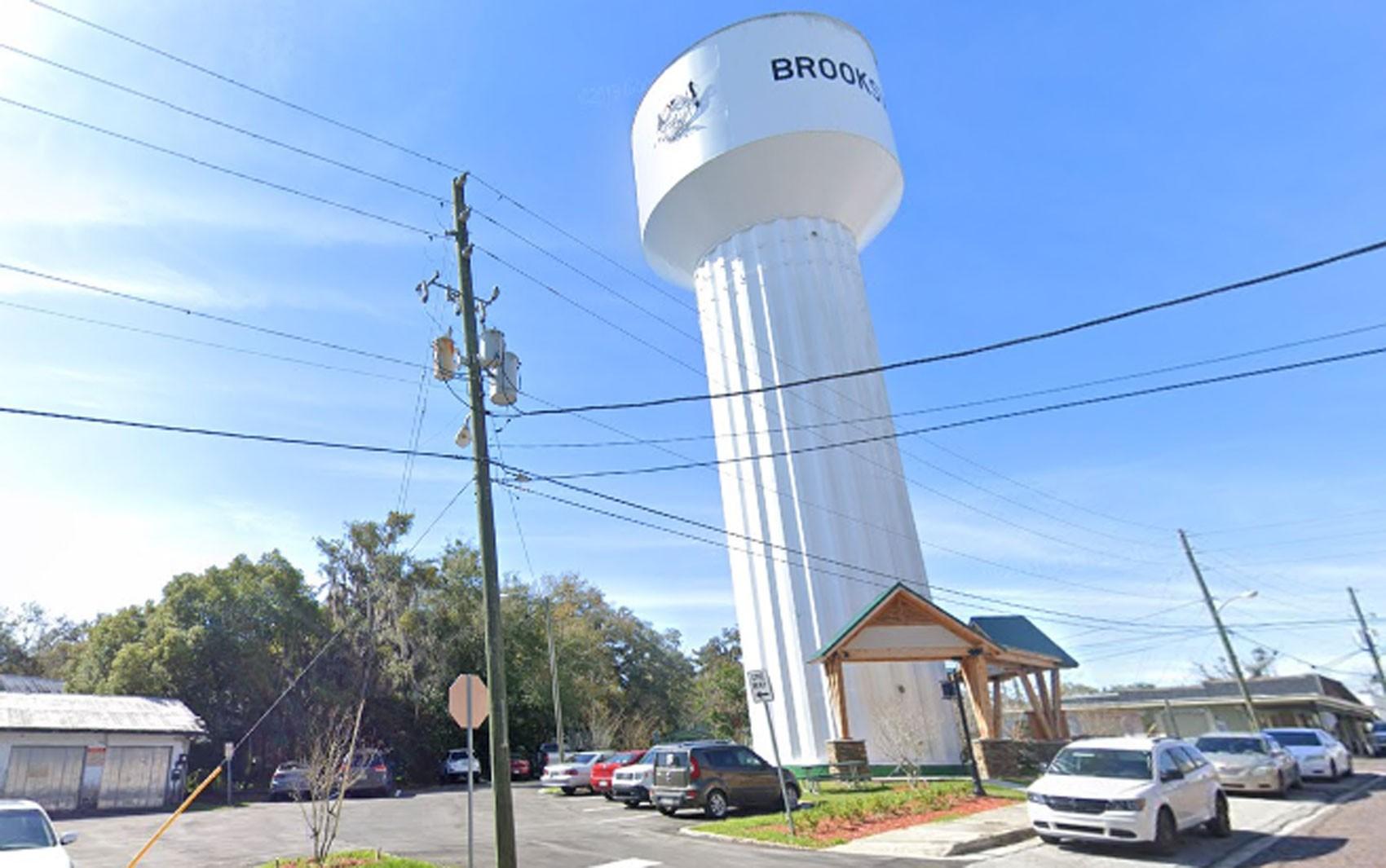 Cidade na Flórida vende seu depósito de água por engano