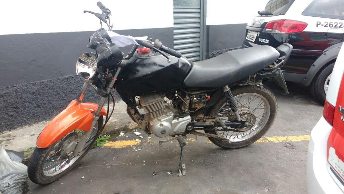 Depois de denúncia anônima, moto é apreendida em Mogi com placa trocada