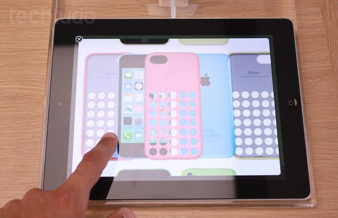Escolha a cor do iPhone 5C (Foto: Allan Melo / TechTudo)
