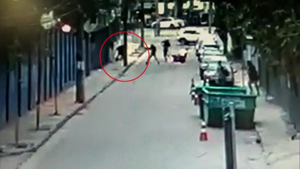 Capitão da PM foi morto em abordagem de criminosos na Zona Oeste do Rio. (Foto: Reprodução/ TV Globo)