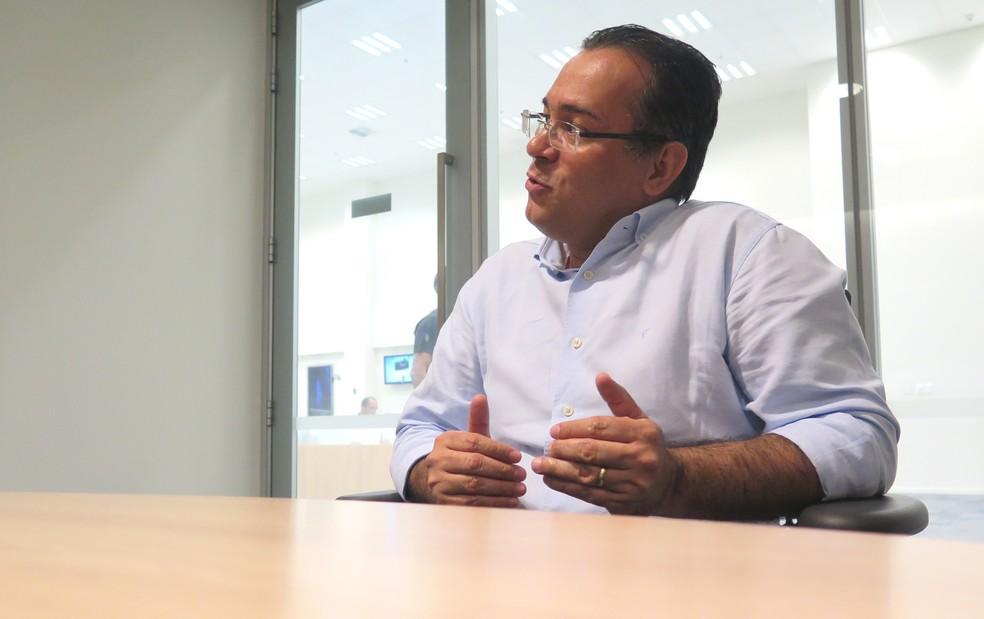 Prefeito de Cubatão, SP, critica gestões anteriores: 'Era uma ilha das fantasias' — Foto: Liliane Souza/G1 Santos