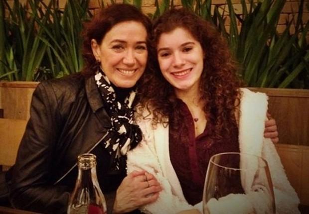Lília Cabral e a filha, Giulia (Foto: Reprodução/Instagram)
