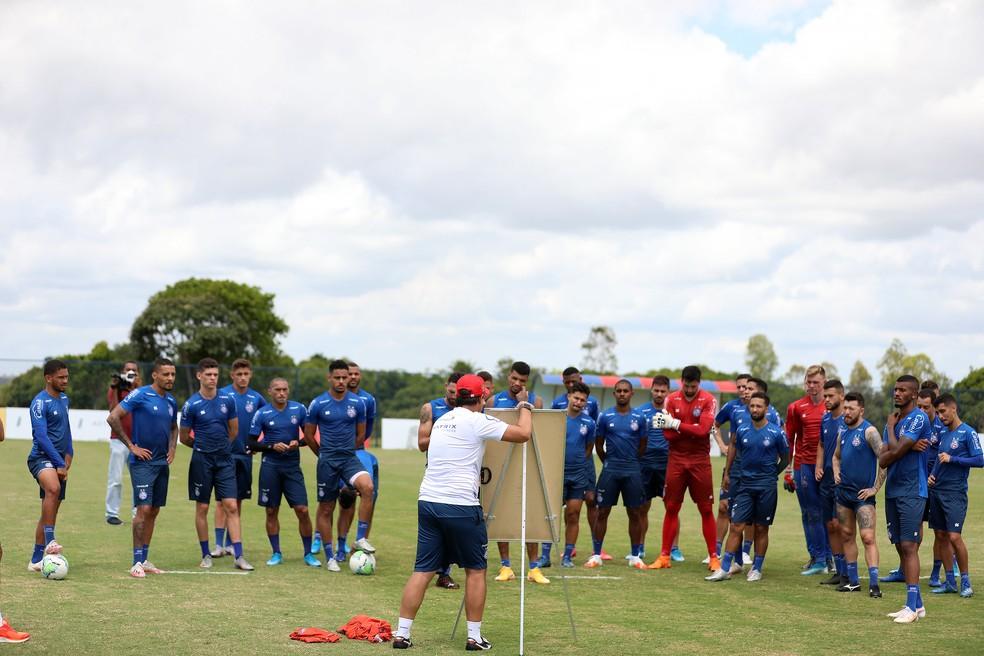 Dado Cavalcanti comanda treino do Bahia — Foto: Felipe Oliveira / EC Bahia / Divulgação