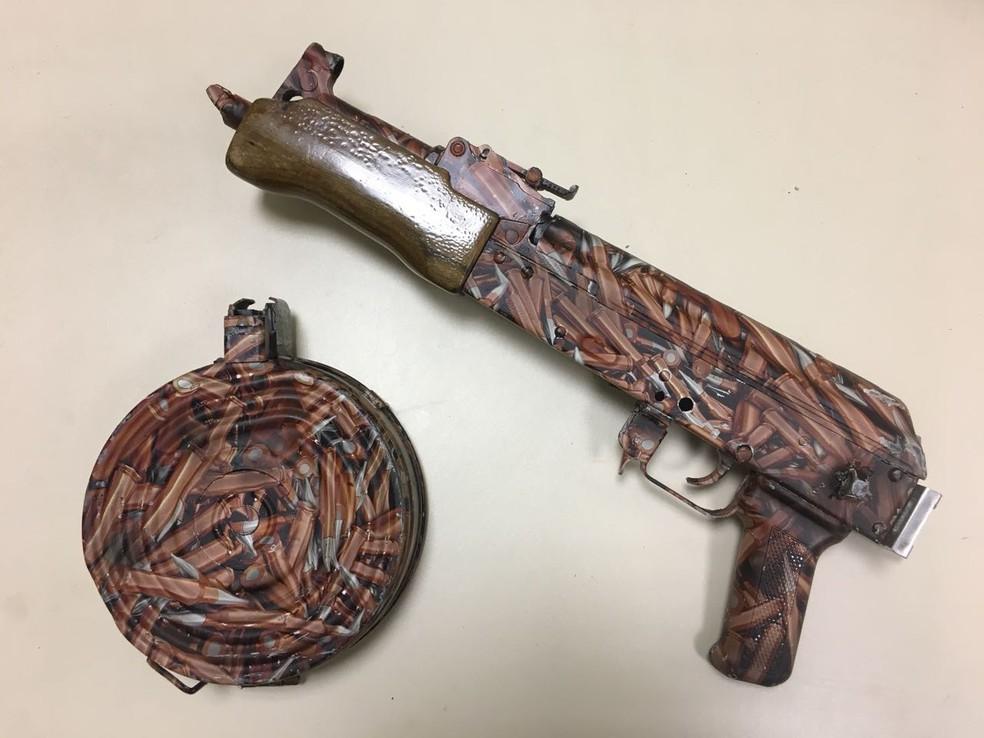 Armas eram customizadas por sargento do Exército para o tráfico de drogas (Foto: Divulgação)